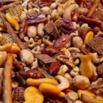 2 minute easy snack mix recipe